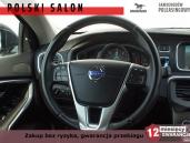 Volvo V40 MOMENTUM BLIS